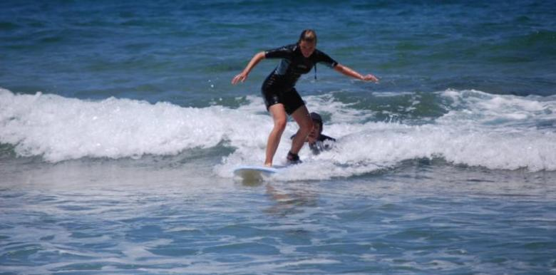 Manly Surf Guide: 1 day Beginners Surf Adventure