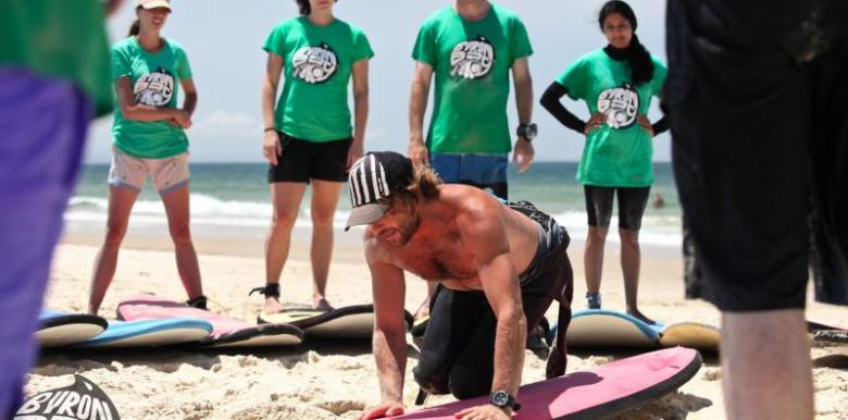 Byron Bay Surf School: Surf Camp Byron Bay - Surf N Stay