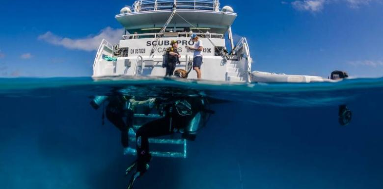 Pro Dive Cairns: 3 day/2 night for Certified Divers with Nitrox Fills (3DNF)
