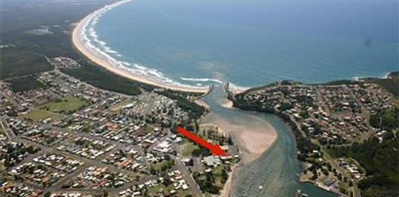 Evans Head Surf Shack: 1 day Surfing & Kayaking trip - departs Byron Bay/Ballina/Lennox Head