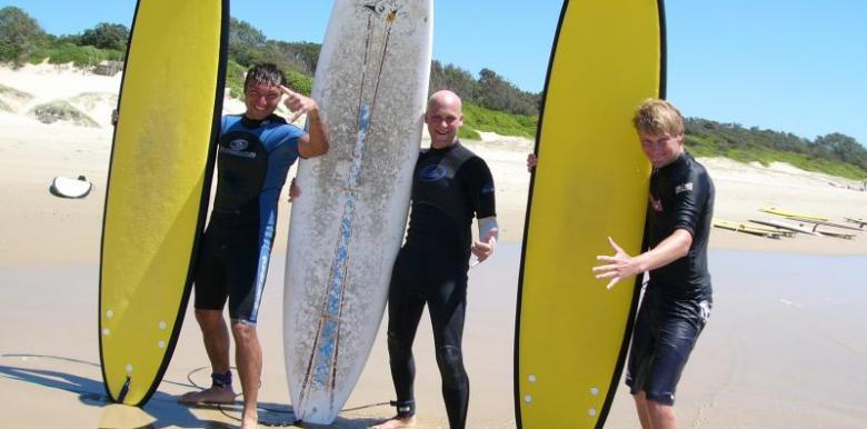 Mojosurf: Surf & Stay Byron Bay