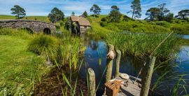CroppedImage270137-59af6ac483666_3961_amazing-scenery-at-the-hobbiton