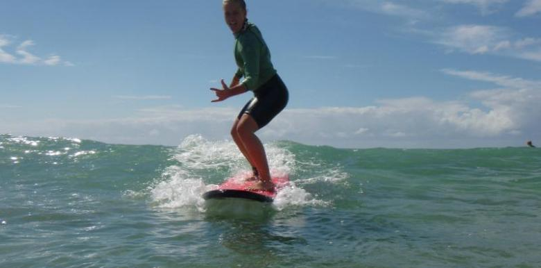 Byron Bay Surf School: Surfing Lesson 3.5hours